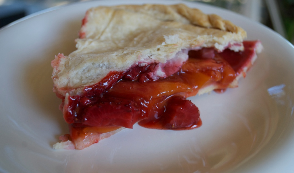 Strawberry-Mango Pie