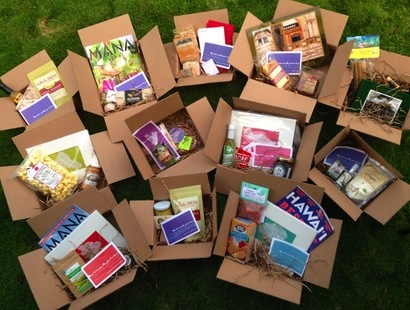 Photo Credit: Maui Made Blog: http://mauimadeblog.com/2013/10/20/send-aloha-in-the-mail-with-hello-makana-gift-boxes/